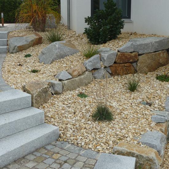 ProFlora - Gartengestaltung / Landschaftsbau - Garten am Hang